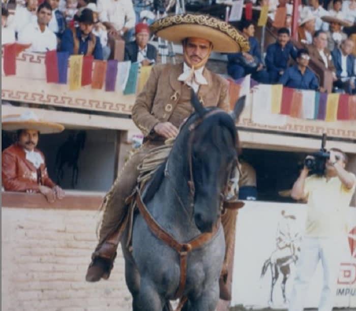 Vicente Fernández's health